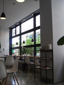 ミッションコーヒーの店内雰囲気1
