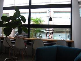 ミッションコーヒーの店内雰囲気2