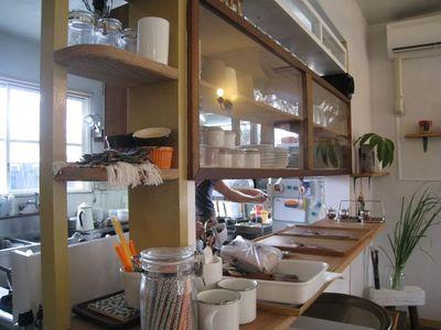スパイスcafe ホチホチ カウンターとキッチン